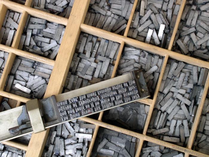 Caja tipográfica y componedor